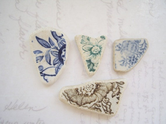 Vintage Flora Patterns Sea Pottery SP822