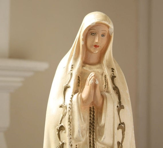 Vintage Creamy Chalkware Madonna Virgin Mary Statue