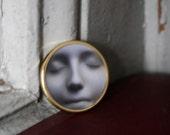 Wearable Art L'Inconnue de la Seine Gold Toned Brooch Round