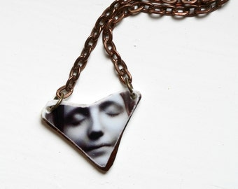 L'Inconnue de la Seine Photo Stone Necklace