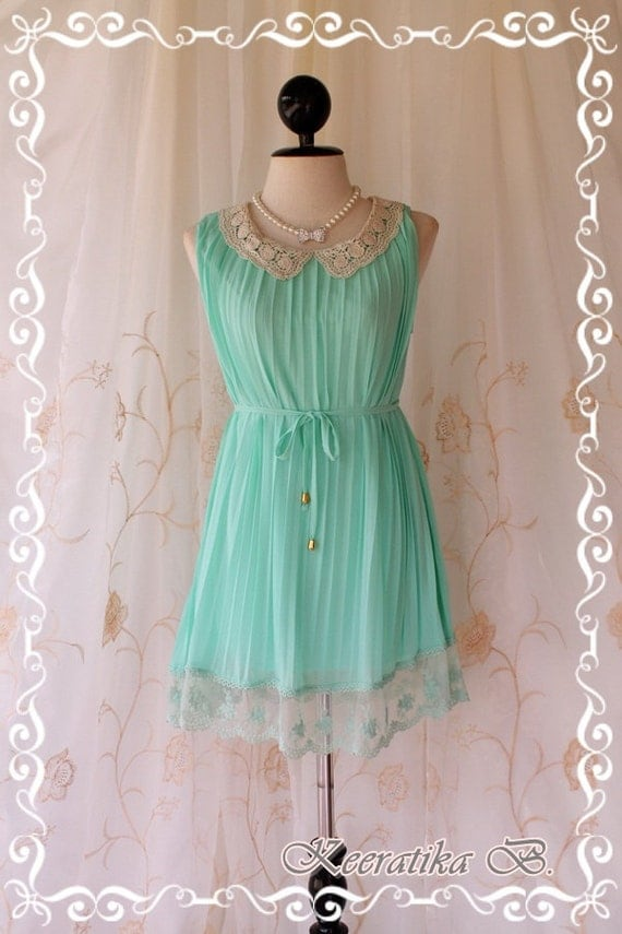 Kiss - Beautiful Pastel Mint Blue Pleated Dress Gorgeous Broomstick Style With Cream Crochet Collar Draped Matching Lace Around Hem