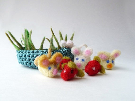 Mouses in the basket of strawberries - miniature soft sculptures