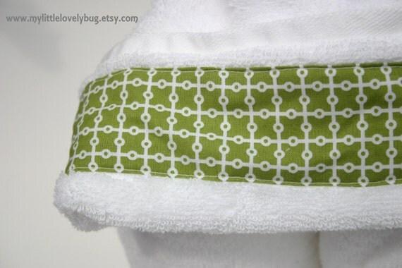 Kids Hooded Towel - White & Green Grid