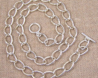"Oval Curb Chain with Toggle Clasp - 10.5mm - 18"" (16"" 20"" 24"" also available)"