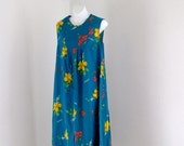 Vintage PLus Size Long Halter Hawaii Print Dress Bright Blue Dress Size 14-16