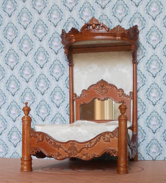 Dollhouse Miniatures Madam's Tester Bed 1/12th scale