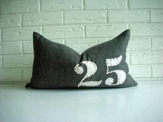 Christmas Pillow - Farmhouse Christmas Decor - Rustic Holiday Decor - Number Pillow - December 25 - Decorative Pillow Cover