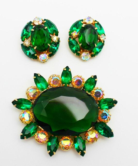 Vintage Brooch Earrings Emerald Green Rhinestones