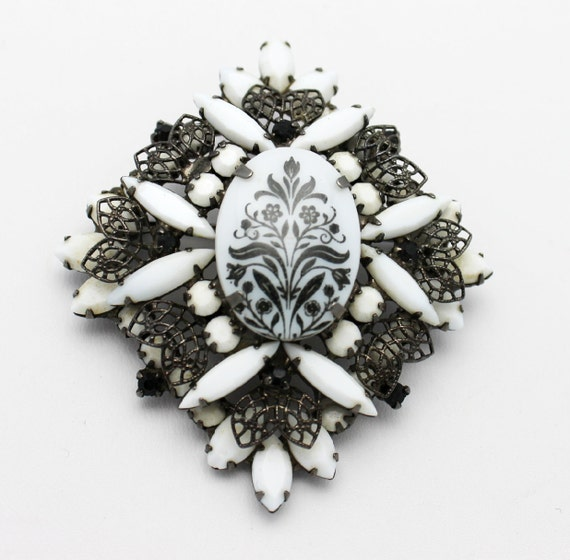 Vintage Floral Transfer Brooch Circa 1970 by DeLizza and Elster