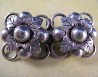 Vintage La Cucaracha Taxco 980 Double Flower Pin