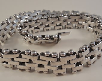 Vintage Heavy Sterling Mexico Necklace