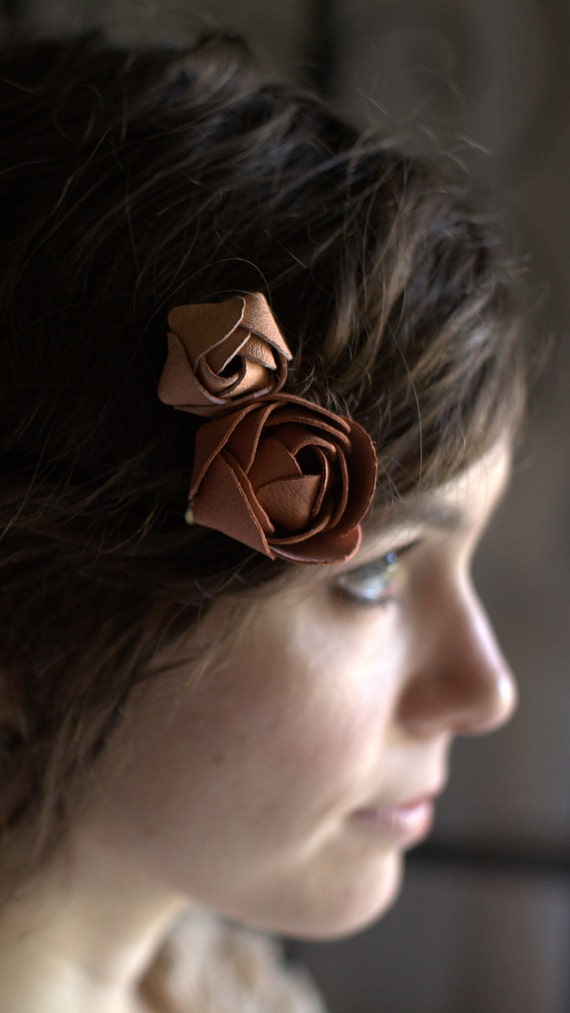 Leather Rose Clip II
