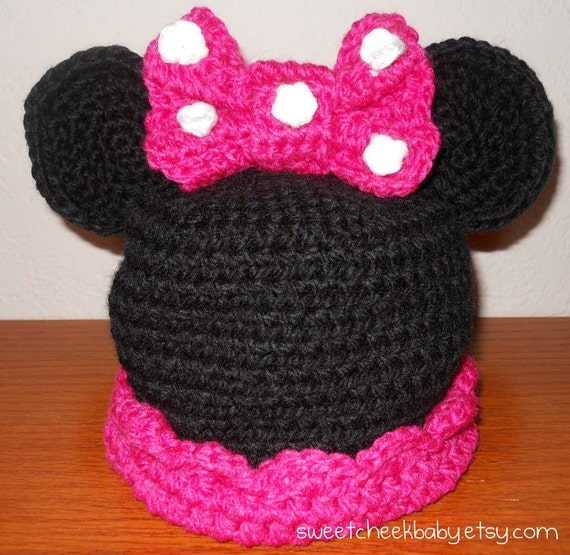 Minnie Mouse Crochet Hat with Pink Polka Dot Bow