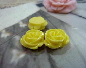 20pcs 12mm Yellow Beautiful Resin chrysanthemum Rose Flower Cameo Cabochon Base Setting Pendants Charm Pendant c5432-11