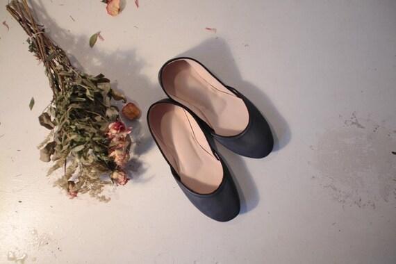 Soft Leather Ballet Flats. Sapphire. eu 41 - us 9.5
