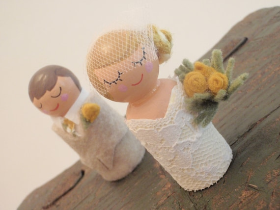 Customized Bride and Groom Cake Topper Bride and Groom Cupcake Topper (Wedding Cake Topper Wood Dolls ) (Bride and Groom Wooden Dolls)