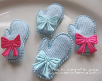 10 Baby Blue Mittens padded appliques embellishments Christms Gloves Mittens Winter Wonderland Blue