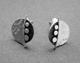 Sterling silver disc studs. Stud earrings. Silver jewellery. Post earrings. Handcrafted. Silver jewellery.