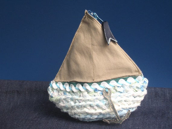 Boat coin purse ship toy - Fabric crochet - white beige blue purple Pouch - recycled tarn textile yarn art sea - zipper iphone ipod case