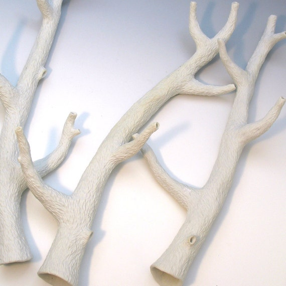 Hand-carved white porcelain faux bois branch 2 with 4 side branches