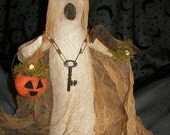 PDF Primitive Halloween Ghost Greeter  E-pattern OFG