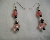 SALE Beautiful pink and onyx beaded earrings DISCOUNT