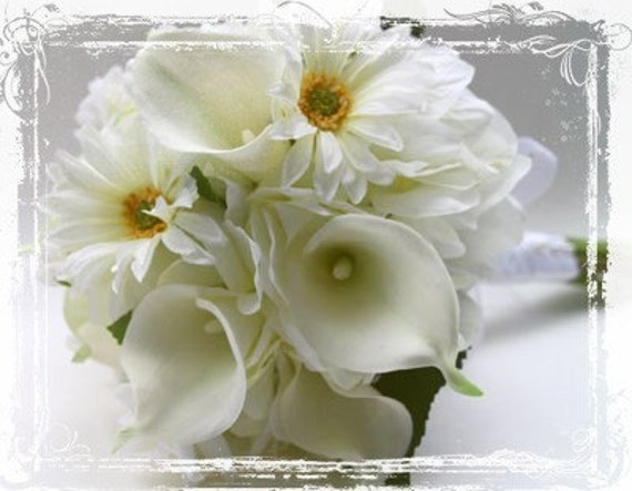 Wedding Bridal Bouquet - Calla Lily, Daisies, Wild Roses - White Cream Yellow Weddings - Winter Spring Summer - Daisy