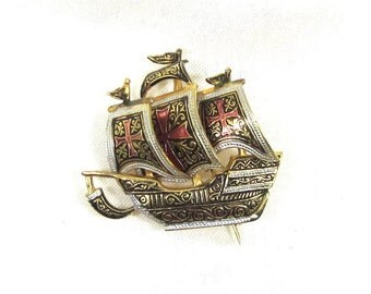 Vintage Wonderful Damascene Jewelry Ornate Ship Pin - Brooch