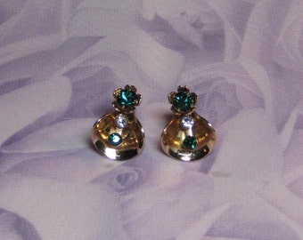 Vintage Rhinestone Earrings, Gold Tone Cones with Emerald Rhinestones B & N unsied Earrings