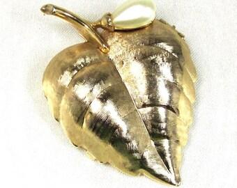 Vintage Avon Sachet Brooch Locket Leaf Brooch