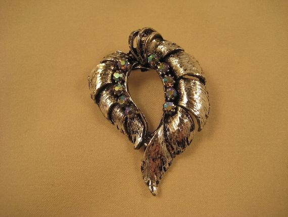 Very Nice Vintage Silver and Aurora Borealis Brooch