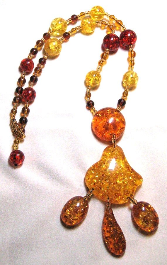 Hobo Style Vintage Faux Amber Beaded Necklace