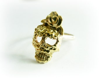Sugarskull ring gold and silver - Day of the Dead ring - Skull sterling silver - Skull ring gold - Flower skull ring - Skinny skull ring