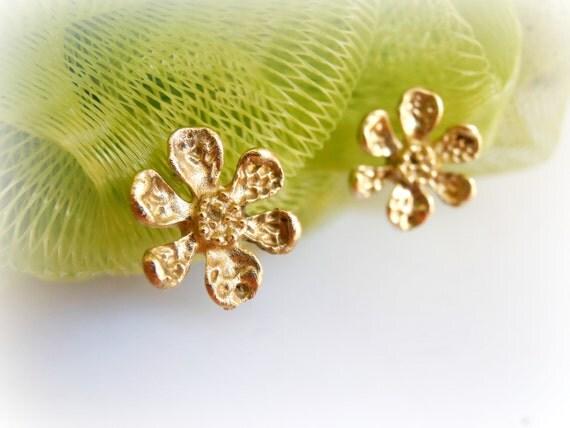 Handmade Sakura Flower (Cherry Blossom) Earring, Brass and 925 Silver Sakura Ear Studs, Bridemaid Wedding, Cartilage Earring