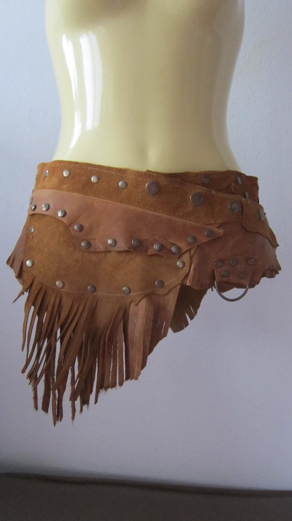 YEEEHA....cowgirl waxed tan leather belt with fringing,pocket and d ring...