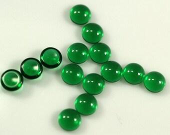 20 pcs 6 mm Emerald Green Chzech Glass Round Cabochons GEG6  60CB