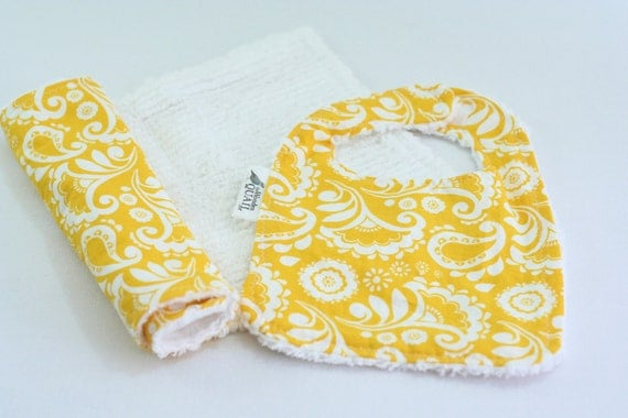 Chenille Bib and Burp Cloth Set In A Yellow Floral Print