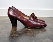 burgundy vintage leather oxford shoes with heels, size 9.5, 40.5
