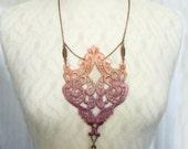 lace necklace -MATILDE- (ombre vintage rose)