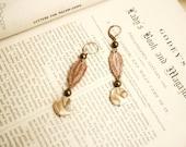 lace earrings -APONI- ombre ecru