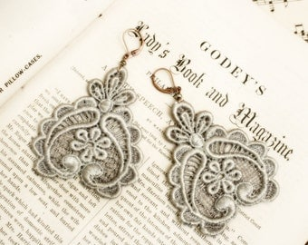 lace earrings -DARLA- silver gray