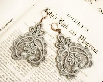lace earrings -DARLA- silver gray