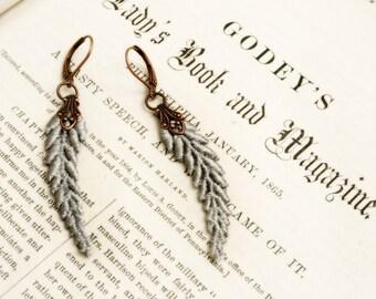 lace earrings -LEA- silver gray