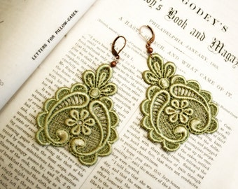 lace earrings -DARLA- soft chartreuse
