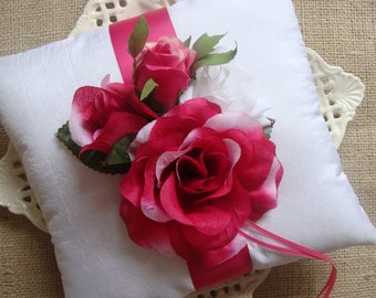 Wedding Ring Bearer Pillow - Spring - Vintage Look Floral Cluster on WhiteTafetta