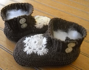 Hand Crocheted Infant Double Button Side Snowflake Top Bootie Made from Cotton Thread