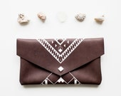 Geometrical Illusion   Leather Pouch Brown No. ES-401