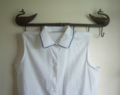 Vintage White Blouse Embroidered Flowers Sleeveless Large
