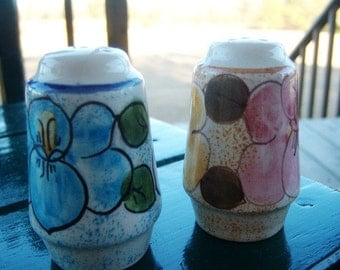 Vintage Metlox California Pottery Salt & Pepper Shaker