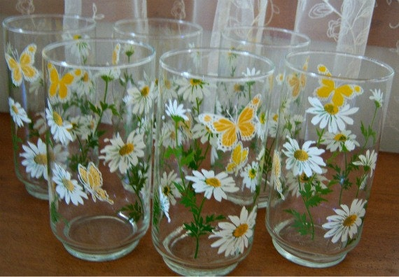 Vintage Tall Libbey Daisy Butterfly Glasses (3)